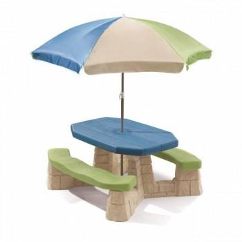 Stolik piknikowy z parasolem
