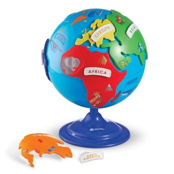 Globus z ruchomymi elementami