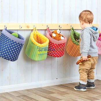 Koszyki z tkanin na zabawki
